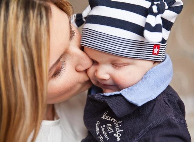 Алименты на детей и жену в декрете процент